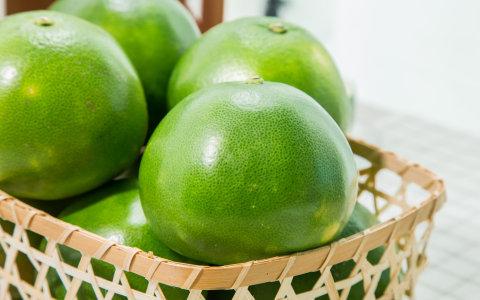 【新竹新埔 綠寶石黃金蜜柚 9斤裝】果大皮薄清甜微酸 富含維生素C