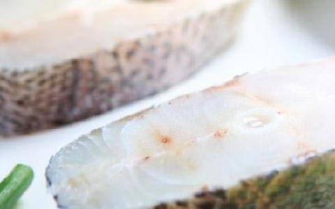 【七星鱸魚切塊300g(2片)】生態養殖・低溫急凍鮮活魚