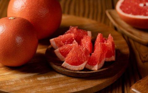 【雲林斗六 特級紅寶石葡萄柚10斤裝(小顆)】酸中帶甜微苦甘 纖維滿滿熱量低