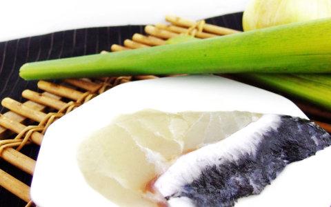 【龍膽石斑魚排(半月切) 100g】最適合銀髮族、單身貴族、健康方便包